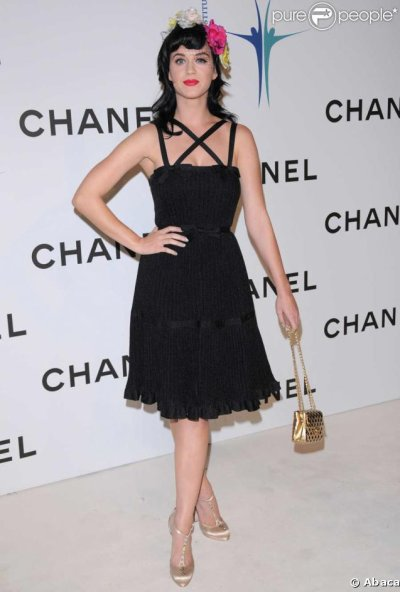 Katy Perry - CHANEL BOUTIQUE OPENING