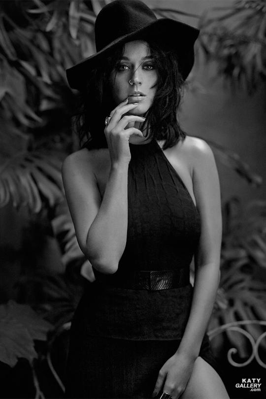 Katy Perry - Magazine