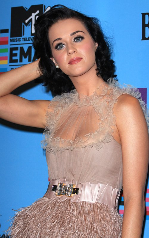 Katy Perry - MTV EUROPE MUSIC AWARDS PRESS CONFERENCE