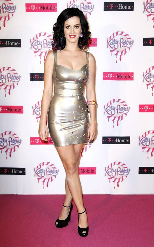 Katy Perry - T-HOME AND T-MOBILE PRESENT KATY PERRY' IN BUDAPEST, HUNGARY