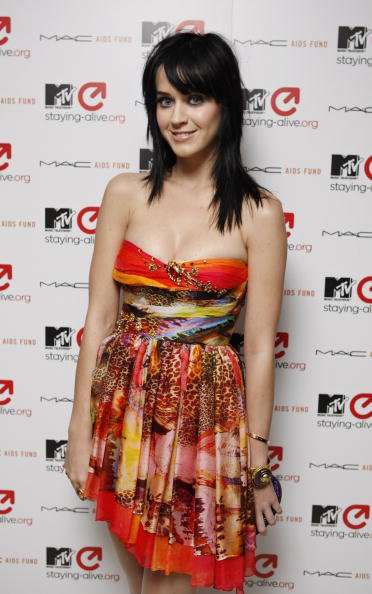 Katy Perry - MTV STAYING ALIVE CHARITY DINNER