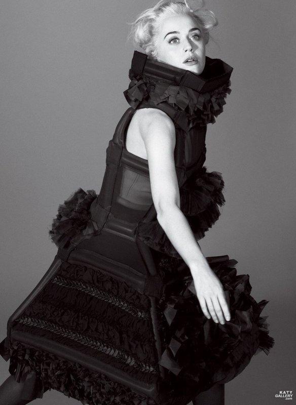 Katy Perry - VOGUE MAGAZINE