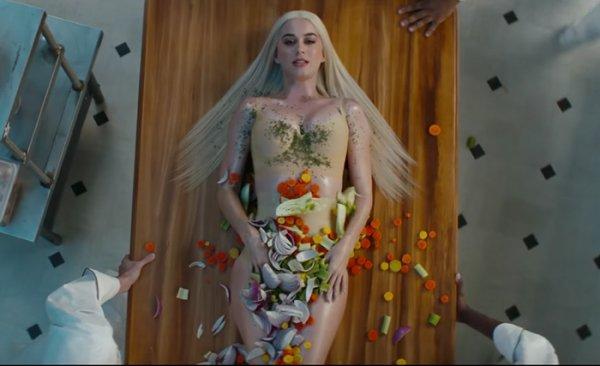 """Katy Perry - Clip """"Bon Appétit"""""""