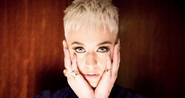 Katy Perry - photographiée par P.de Poulpiquet pour Le Parisien!