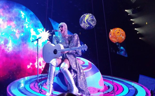 Katy Perry - Witness: The Tour (2017 - 2018) > Montreal 19.09.2017