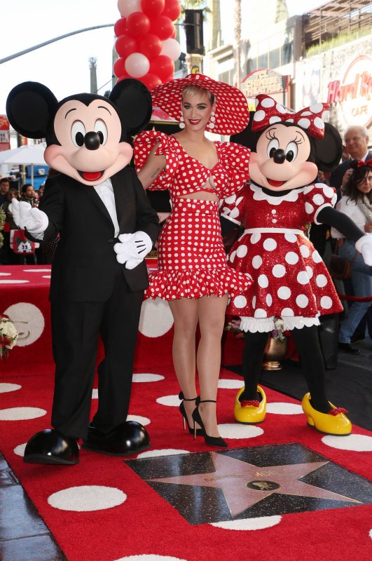 Katy Perry - Minnie Hollywood Walk of Fame Star Ceremony 22/01/2018