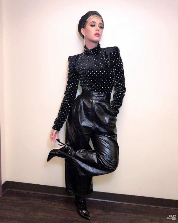Katy Perry -  Golden 1 Center - Instagram 02/2018