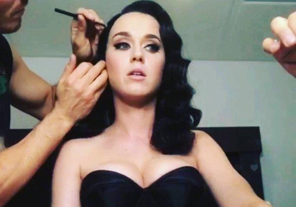 Katy Perry - PHOTOSHOOT INSTAGRAM