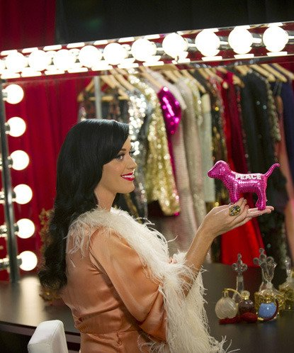 Katy Perry - VICTORIA'S SECRET FASHION SHOW IN NYC