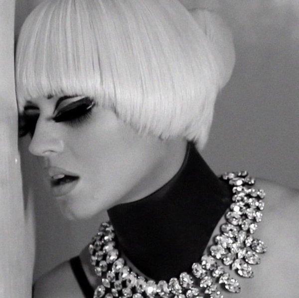 Katy Perry - Shoot Francesco Carrozzini VOGUE Italia en 2012 - 15/10/2018
