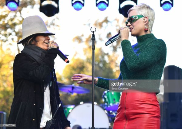 KATY PERRY - ONE LOVE MALIBU FESTIVAL BENEFIT CONCERT FOR WOOLSEY FIRE RECOVERY 02.12.2018