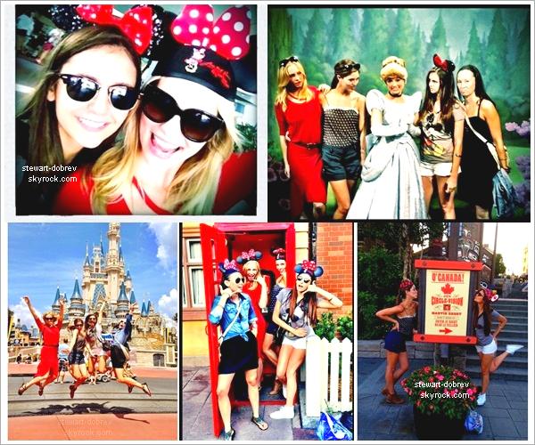 (301)01/09/2012●• Nina accompagné de ses co-star Candice Accola et Kayla Ewell à Disney World en Floride, ce 01/09.
