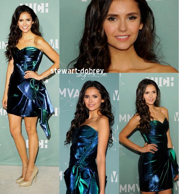 (364)27/11/2012▲▼ Nina était présente à la cérémonie des Much music awards. Le 19 juin 2011.