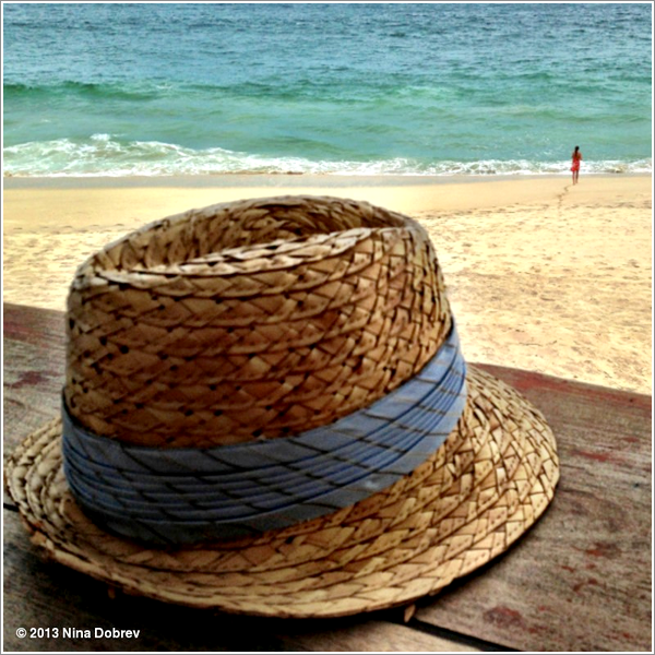 (482)15/06/2013Une photo de Nina posté le 14 juin lors de vacances. Aucun lieu n'est mentionné.