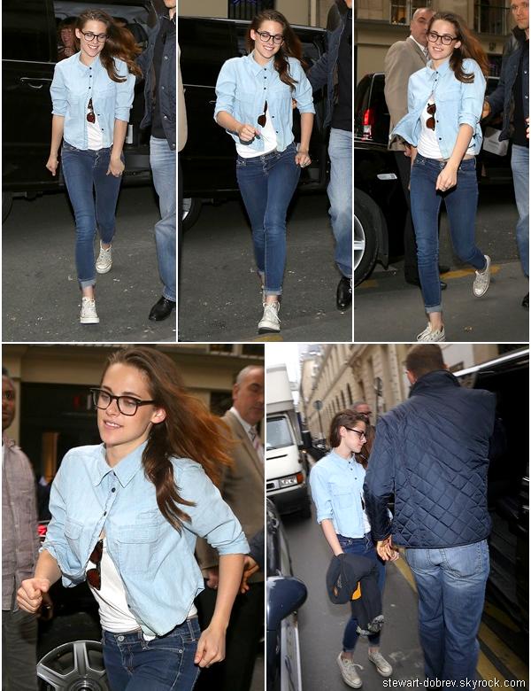 (492)03/07/2013.03/07. - Kristen se dirigeant dans un magasin Chanel toujours à Paris. Elle nous a ressorties ses Converse basse blanche, pour notre plus grand plaisir !
