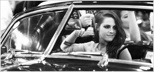 (579)13/12/201313 décembre ♦ Une magnifique photo de Kristen au défilé