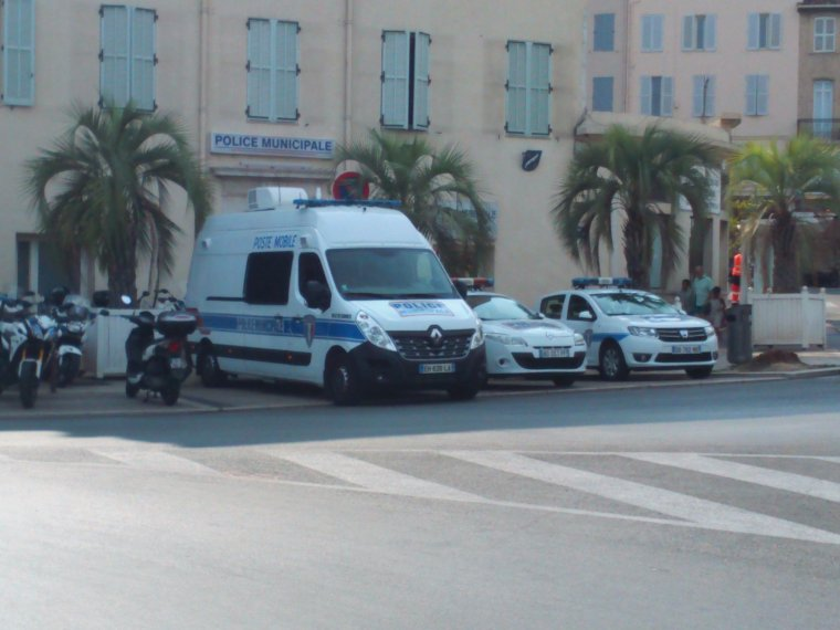 Police municipale cannes 06 suite blog de inter18 17 for Police cannes