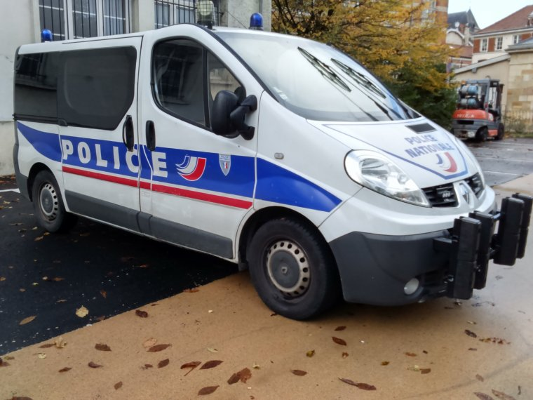 Police Nationale - Chalons en Champagne (51)- Renault Trafic
