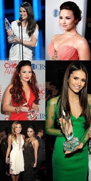 Dans la soirée du 11 Janvier 2012 s'est déroulée la 38ème cérémonie des People's Choice Awards.
