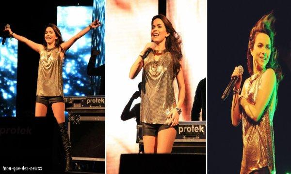 [ Article du 05 mai ] INNA performait ce 02 mai en Turquie. Pas de vidéo disponible.