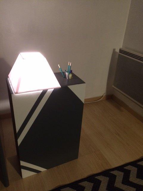 lampe / pen holder