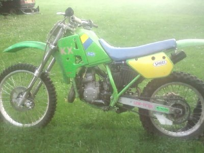 mon encienne moto <3