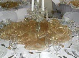 Chandelier en cristal très originale pour une table en excellence