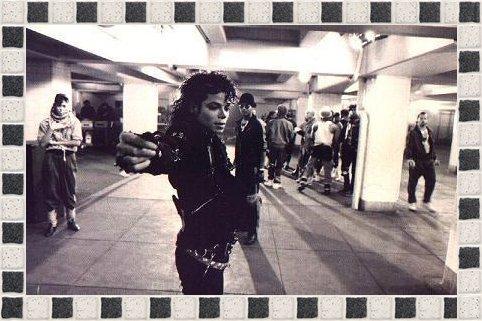 """RARE INTERVIEW  DONNER PAR LE JOURNAL """"JET"""" en septembre 87 a Los Angeles"""