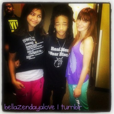 photos twitter de zendaya et bella