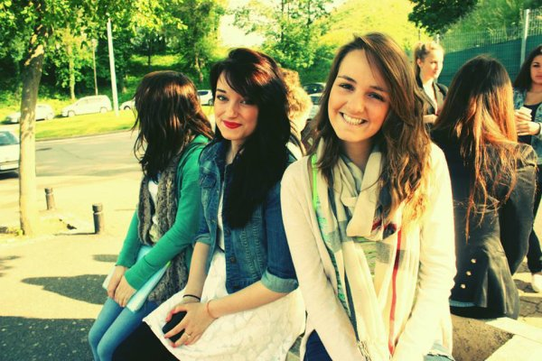 Dans Paris avec vous,les meilleures!♥♥