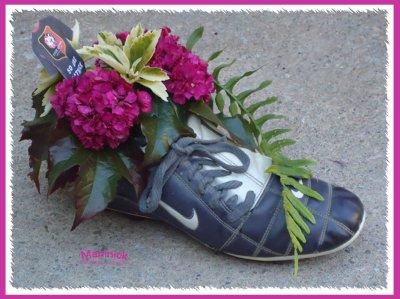 La fleur au pied ...