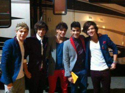 One Direction : Leur performance sur X-Factor UK
