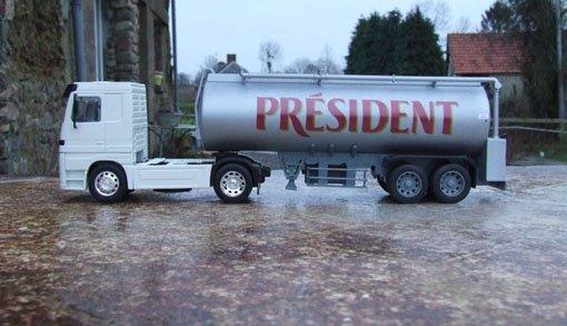 Camion laitier avec Mercedes Actros (janvier 2009)