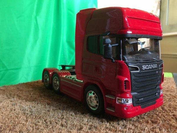 Scania R730 V8 6x4 fraîchement arrivé