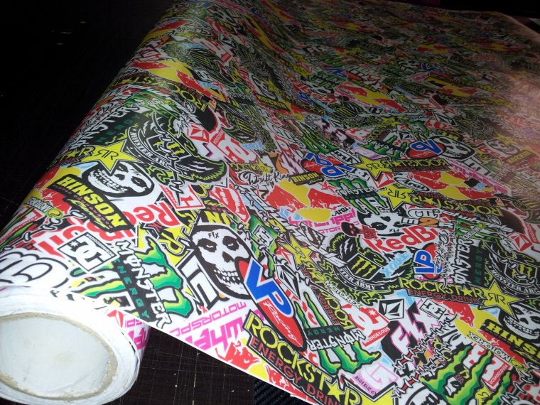 Film Sticker Bomb Royalcovering