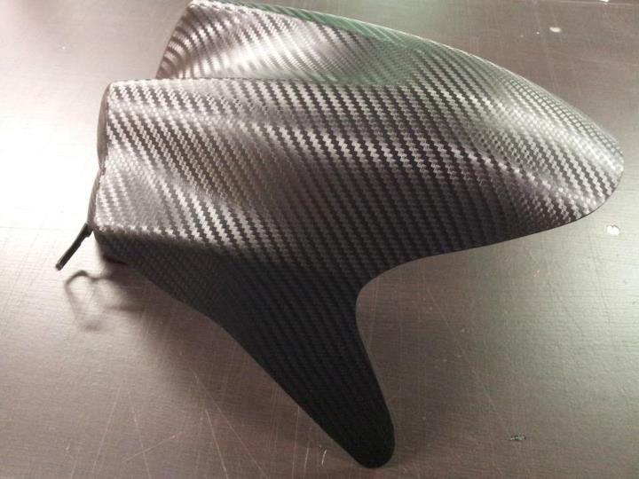 MBK Nitro nouveau carbone noir maille large (part 1)   www.royalcovering.com