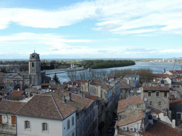 Photos petite escapade !  nuit insolite sur le Rhône à bord d'une péniche !   avec visite d'Arles et des Saintes Maries de la Mer ! Bises à toutes !