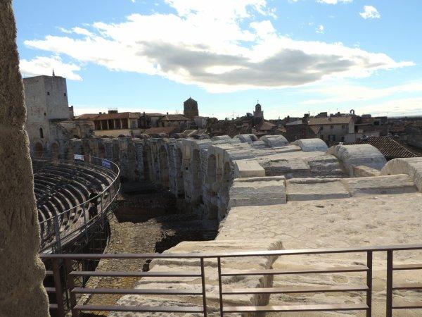 suite Arles et les Saintes Maries de la mer