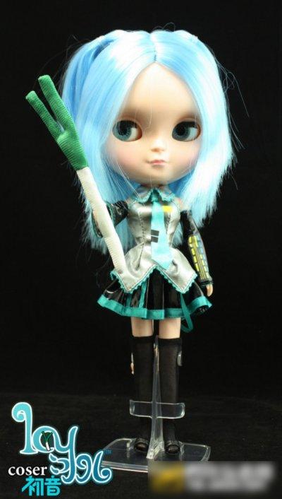Doll version miku hatsune 40 cm
