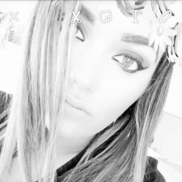 ♥  Pαтяι¢ια ■ 26anѕ  ■ рØятύgαι¨℮ ■ ѕт0op  .   ♥