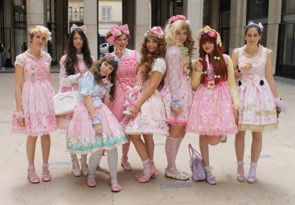 TROISIEME JOUR: TEA PARTY ANGELIC PRETTY