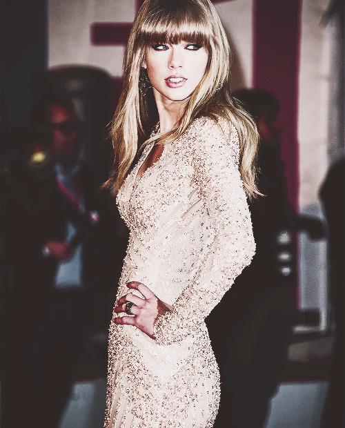 Taylor Swift Au NMA ♥