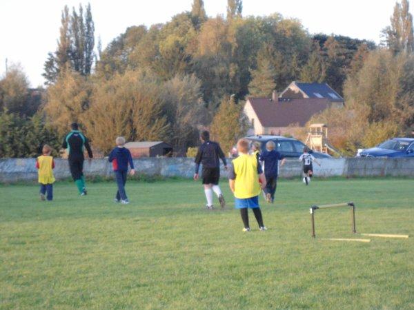 les garçons au foot