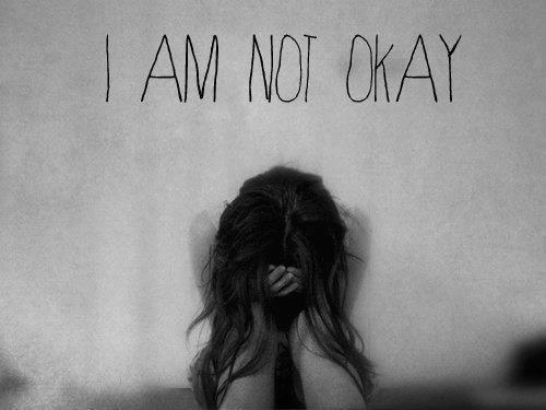 Mais ils ne s'imaginent pas que les larmes suivent les mouvements de mes joues toutes les nuits..