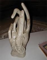 les mains d'un prétentieux Ë paranormal intelligences Ö gliales