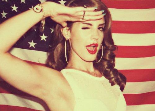 . Lana is ma queen. .