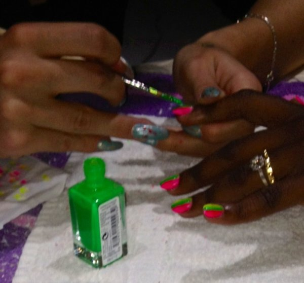 NAIL MADE IN L : AVANT
