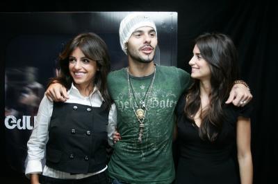 Penélope, Monica & Eduardo Cruz