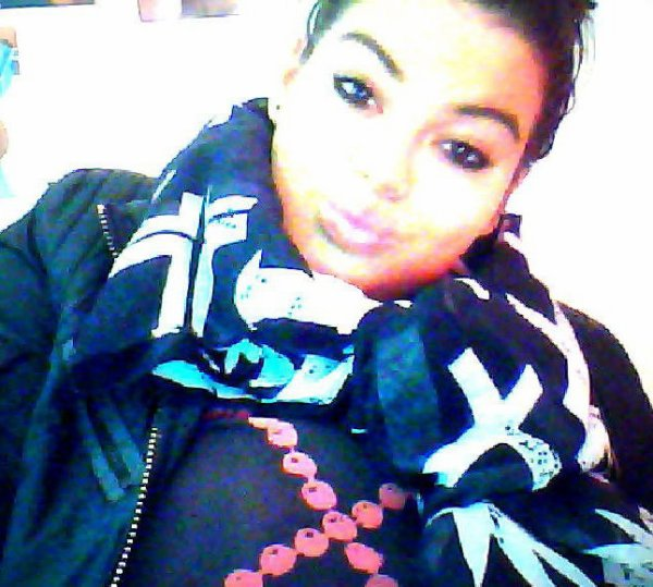 Les jalouses & les rageuses , je vous embrasse sur le front ♥