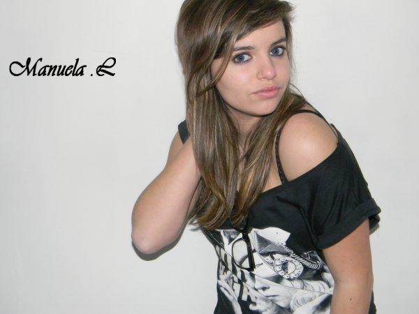 ♥               --      Manueylaa Lopeez     --              ♥